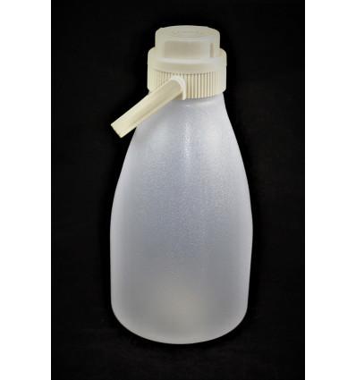 Plastikinis butelis su rankena