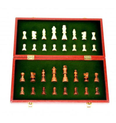 Stalo žaidimas šachmatai