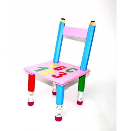 Vaikiška medinė kėdutė