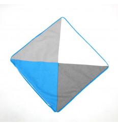 Užvalkaliukas pagalvei - spalvoti trikampiai
